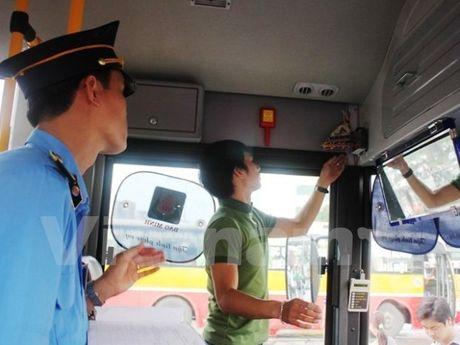 Hon 8.300 xe bi thu hoi phu hieu thong qua giam sat du lieu hop den - Anh 1
