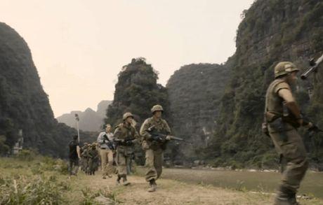 Viet Nam bien thanh xu so la ky trong bom tan Hollywood - Anh 5
