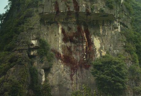 Viet Nam bien thanh xu so la ky trong bom tan Hollywood - Anh 7