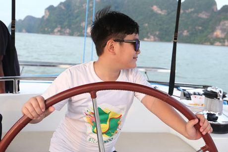 Noo Phuoc Thinh sang chanh tren du thuyen 5 sao - Anh 4