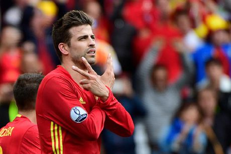 'Pique chac chan chia tay Tay Ban Nha sau World Cup 2018' - Anh 1