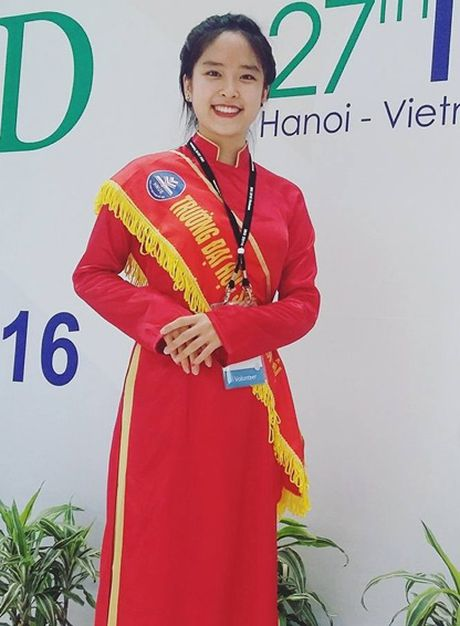 Bong hong Su pham thanh lich khien bao chang ngan ngo - Anh 1