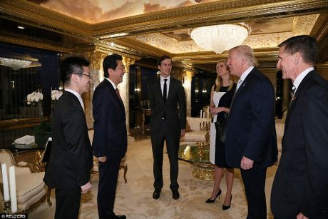 Tong thong dac cu Donald Trump gap Thu tuong Nhat Abe - Anh 4
