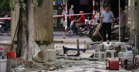 Nguyen nhan vu no tram bien ap nghiem trong o Ha Noi - Anh 2