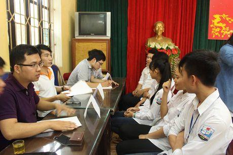Chang thu khoa 9X quyet theo duoi nghiep trong nguoi - Anh 6