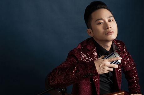 Tung Duong se hoa 'quy ong' trong 'In the spotlight – Giao thoa' - Anh 3