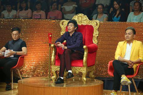 """Gia Bao ap luc khi """"mua riu"""" truoc mat Hoai Linh - Anh 3"""