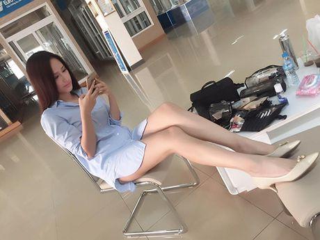 Sao Viet 18/11: Ngoc Trinh mac ho bao giua troi ret, Le Thuy tinh tu voi ong xa - Anh 2