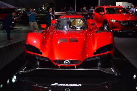 An tuong voi mau xe dua 'cuc di' RT24-P cua Mazda - Anh 2