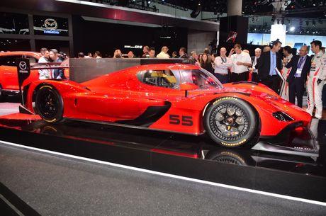 An tuong voi mau xe dua 'cuc di' RT24-P cua Mazda - Anh 6