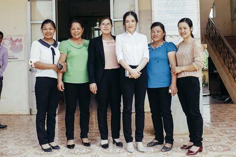 Ly Nha Ky tang dong bao mien Trung 500 trieu dong - Anh 7
