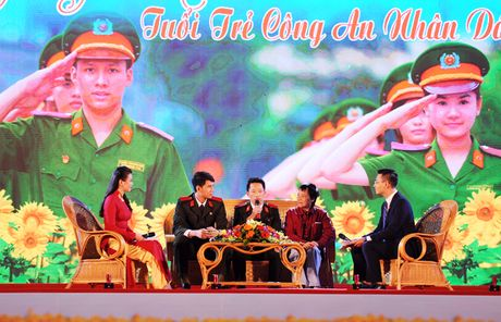 Thap sang uoc mo cua tuoi tre Cong an nhan dan - Anh 7