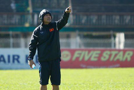 Doi tuyen Viet Nam chong ban do o AFF Cup nhu the nao? - Anh 1