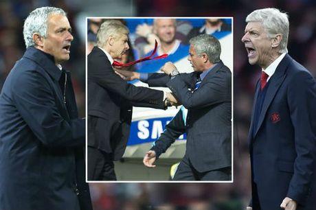 """Ngoai hang Anh truoc vong 12: Dau Arsenal, """"bao to"""" don cho MU - Anh 1"""