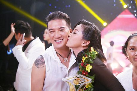 Lieu Ha Trinh, Phung Yen dang quang 'En vang 2016' - Anh 5