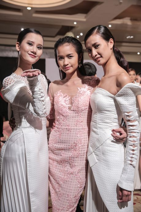 "Ngoc Chau tai ngo mo man show dien ""Xu huong va phong cach"" - Anh 5"