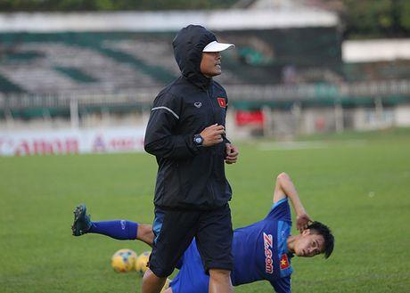 HLV Huu Thang tich cuc ep can vi so beo - Anh 3
