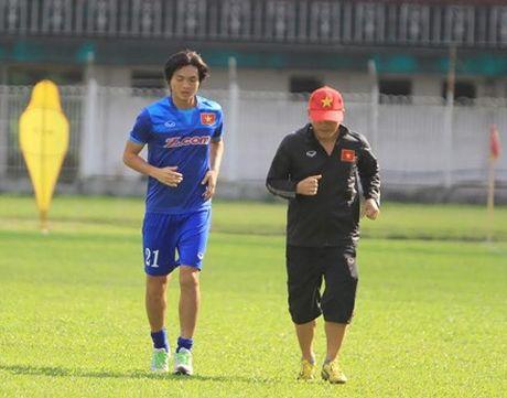 Tiet lo loi the bat ngo cua tuyen Viet Nam o AFF Cup - Anh 1