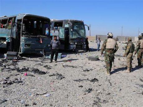 Iraq: Danh bom xe lieu chet nham vao dam cuoi, hang chuc nguoi thuong vong - Anh 1