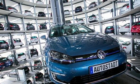 Dai gia o to Duc Volkswagen cat giam 30.000 viec lam - Anh 1