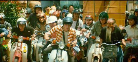 Clip hang chuc xe Honda Super Cub truy duoi nao loan pho Sai Gon - Anh 5