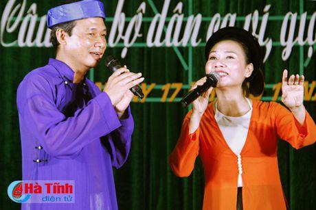 Ra mat Cau lac bo dan ca vi, giam phuong Ha Huy Tap - Anh 1