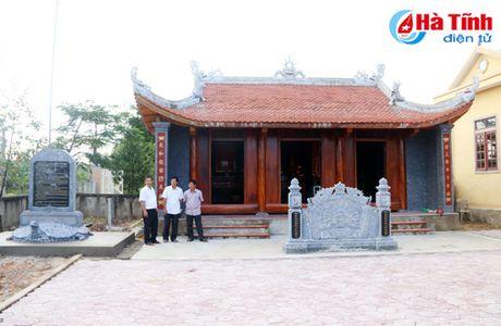 Tham tham ky uc dinh lang Quan Ngoc - Anh 1