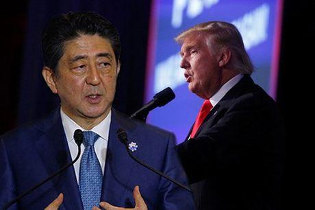 Ong Trump bi mat gap Thu tuong Abe: Gap gap toi nghet tho - Anh 1