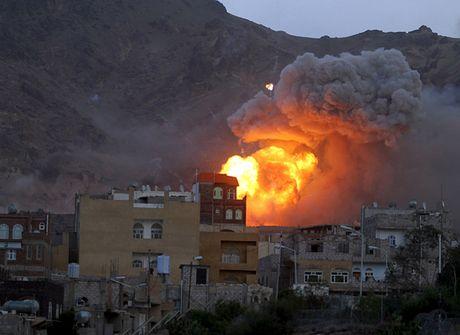 Giao tranh bung phat du doi o Yemen bat chap lenh ngung ban - Anh 1