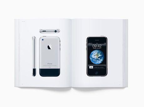 Apple ra mat sach co gia ban 300 USD/cuon - Anh 2