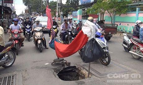 'Ho tu than' sau 2m gan cong truong hoc - Anh 1
