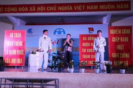 Dak Nong: Soi noi Hoi thi Tuyen truyen vien An toan giao thong - Anh 1