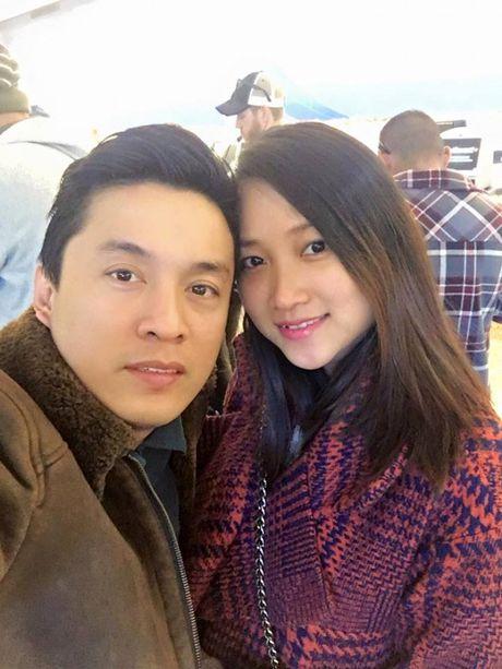 'Anh Hai' Lam Truong hanh phuc khoe vo 9x da mang bau 6 thang - Anh 2
