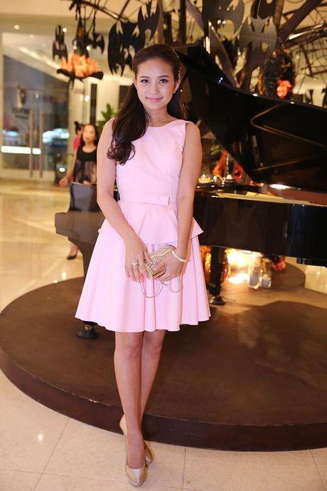 Can do dong dem gout thoi trang cua dai dien Viet Nam tai Asian's Next Top Model - Anh 18