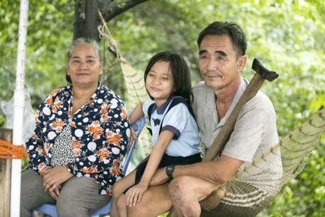 Ong Nam cut 'nhat' vo giua Sai Gon ve 'tup leu tranh' khong dien nuoc - Anh 5