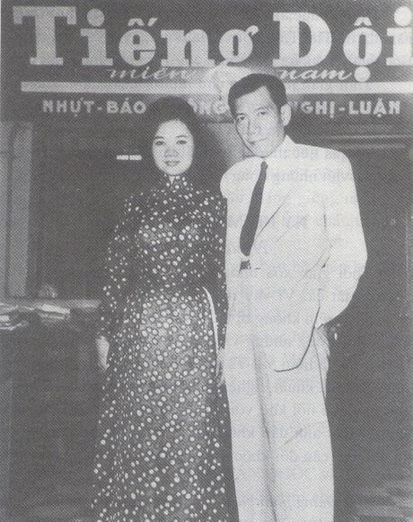 Chuyen tinh nguoi noi tieng: Nhung phu nu di qua cuoc doi Tran Tan Quoc - Anh 1