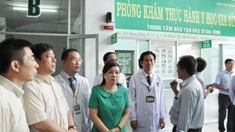 TP.HCM: Bac si gia dinh- chia khoa giai quyet qua tai benh vien - Anh 1