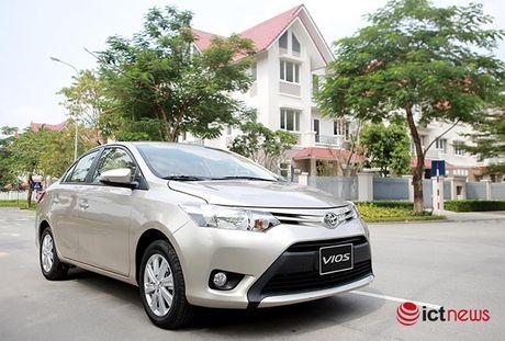 So sanh hai tan binh Suzuki Ciaz va Toyota Vios 1.5E CVT tai Viet Nam - Anh 1