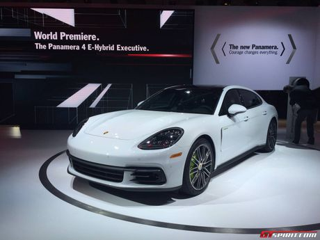 Porsche Panamera ban keo dai trinh lang - Anh 1