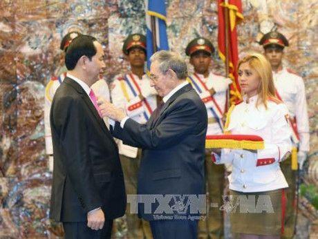 Viet Nam trao tang Cuba 5.000 tan gao - Anh 1