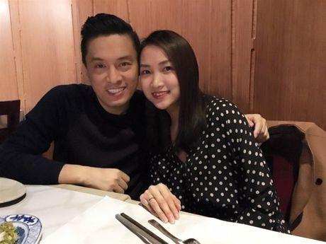 Vo 9X cua Lam Truong mang bau con gai - Anh 1