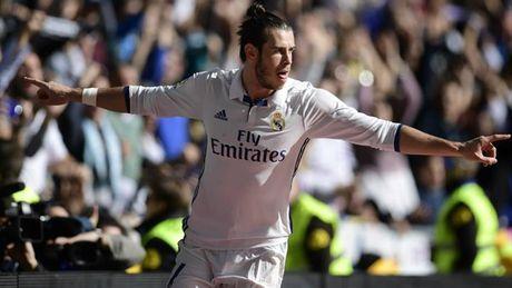 Doi hinh ket hop Atletico va Real: Griezmann cho Ronaldo 'bat bai' - Anh 11