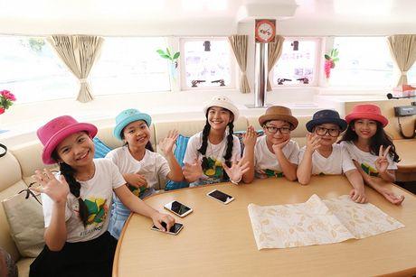 Noo Phuoc Thinh cung hoc tro cung hao hung vui choi Thai Lan - Anh 12
