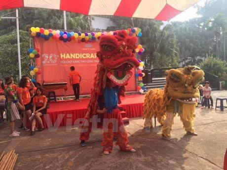 'Cho' cac san pham thu cong truyen thong giua thu do Ha Noi - Anh 6