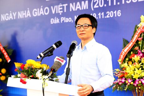 Pho Thu tuong xuc dong khi du ky niem Ngay Nha giao Viet Nam - Anh 1