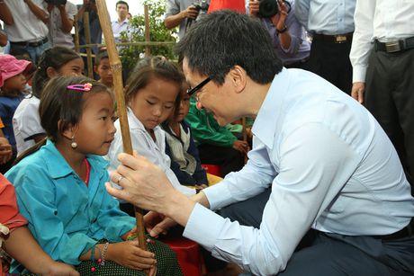 Pho Thu tuong xuc dong khi du ky niem Ngay Nha giao Viet Nam - Anh 3