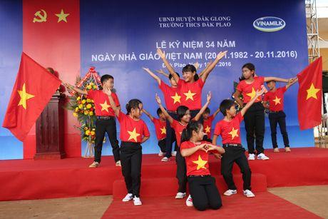 Pho Thu tuong xuc dong khi du ky niem Ngay Nha giao Viet Nam - Anh 5