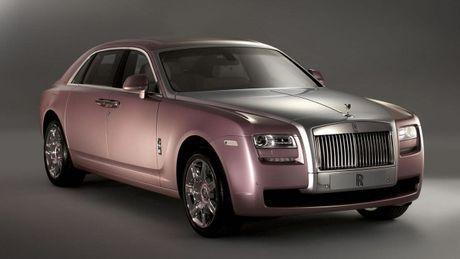 BMW va Rolls-Royce thu hoi 34.000 xe do loi tui khi' - Anh 1