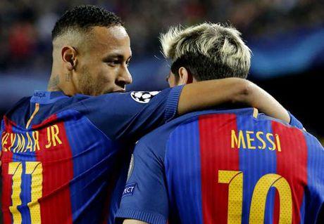 22h15 ngay 19/11, Barcelona vs Malaga: Xac o Nou Camp, hon huong ve Madrid - Anh 4