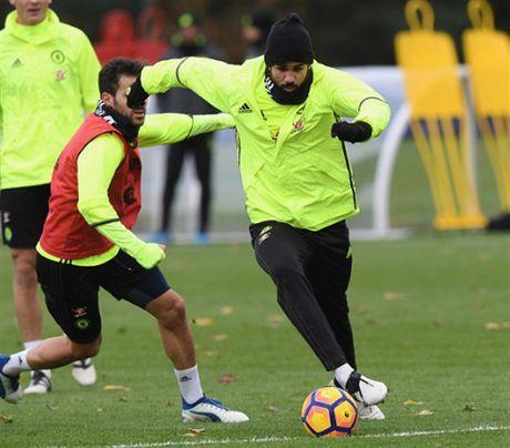 Diego Costa tro lai tap luyen truoc chuyen lam khach toi Middlesbrough - Anh 2